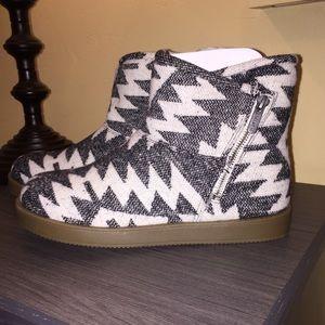 NEW indigo rd. Boots